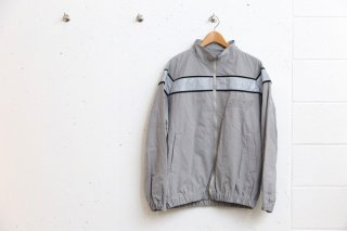 <img class='new_mark_img1' src='//img.shop-pro.jp/img/new/icons5.gif' style='border:none;display:inline;margin:0px;padding:0px;width:auto;' />ARMY BLOUSON(GREY)