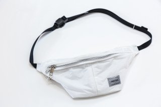 <img class='new_mark_img1' src='//img.shop-pro.jp/img/new/icons5.gif' style='border:none;display:inline;margin:0px;padding:0px;width:auto;' />BAL/PORTER&#174; PARACHUTE CROSS WAISTBAG(WHITE)