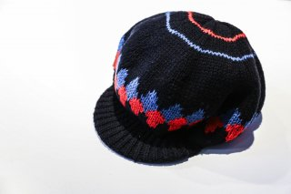 <img class='new_mark_img1' src='//img.shop-pro.jp/img/new/icons5.gif' style='border:none;display:inline;margin:0px;padding:0px;width:auto;' />BAL / COMFORTABLE REASON HAND KNIT VISOR TAM(BLACK)