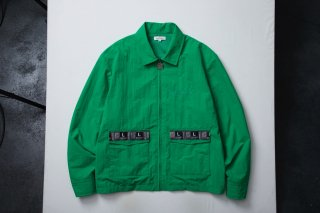 <img class='new_mark_img1' src='//img.shop-pro.jp/img/new/icons5.gif' style='border:none;display:inline;margin:0px;padding:0px;width:auto;' />TAPED BLOUSON(GREEN)