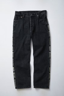 <img class='new_mark_img1' src='//img.shop-pro.jp/img/new/icons5.gif' style='border:none;display:inline;margin:0px;padding:0px;width:auto;' />HANDLE WITH CARE DENIM PANTS(BLACK)