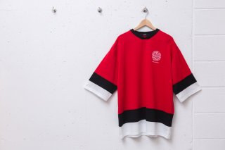 <img class='new_mark_img1' src='//img.shop-pro.jp/img/new/icons5.gif' style='border:none;display:inline;margin:0px;padding:0px;width:auto;' />SMALL MAGIC CIRCLE HOCKEY SHIRT (RED)
