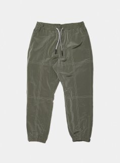 <img class='new_mark_img1' src='//img.shop-pro.jp/img/new/icons5.gif' style='border:none;display:inline;margin:0px;padding:0px;width:auto;' />STITCHED NYLON TRACK PANT(GRAY)