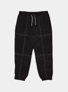 <img class='new_mark_img1' src='//img.shop-pro.jp/img/new/icons5.gif' style='border:none;display:inline;margin:0px;padding:0px;width:auto;' />STITCHED NYLON TRACK PANT(SMOKY BLACK)