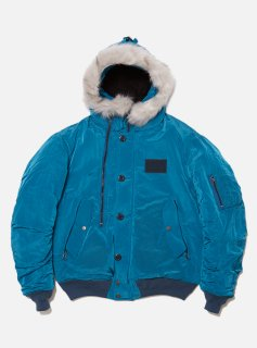 <img class='new_mark_img1' src='//img.shop-pro.jp/img/new/icons5.gif' style='border:none;display:inline;margin:0px;padding:0px;width:auto;' />METALIC NYLON HOODED BOMBER JACKET(TEAL BLUE)
