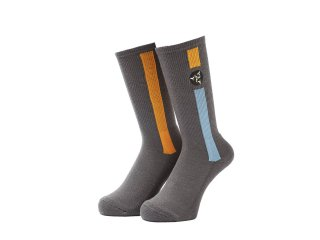 <img class='new_mark_img1' src='//img.shop-pro.jp/img/new/icons5.gif' style='border:none;display:inline;margin:0px;padding:0px;width:auto;' />POZESSION SOCKS(GREY)