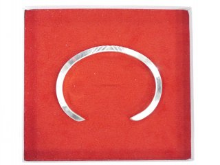 regular triangle bangle B -ACE by morizane-