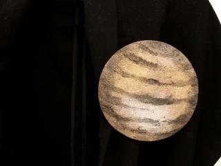 レザーブローチ【planet】M