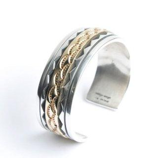 【NAVAJO Jewelry】ナバホジュエリー スタンプワークバングル 14kセンターゴールドフィルド
