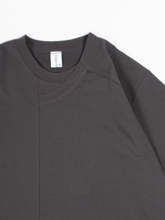 【masao shimizu】 マサオシミズ スライドラウンドTシャツ