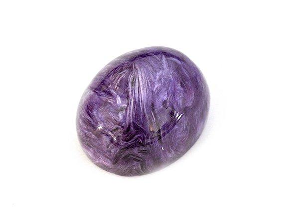 ★紫の発色が素晴らしい高級石です!!<br>チャロアイトのカボションルース3A  約18mm×14mm×10mm <BR>ロシア産