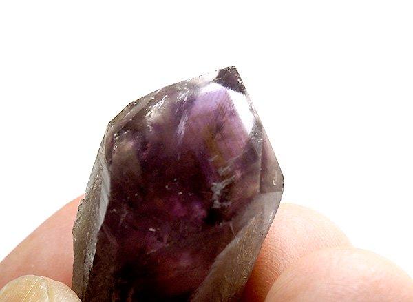原石<br>アメジストファントムクォーツのポイント<br>ブラジル パラー州 マラバ産