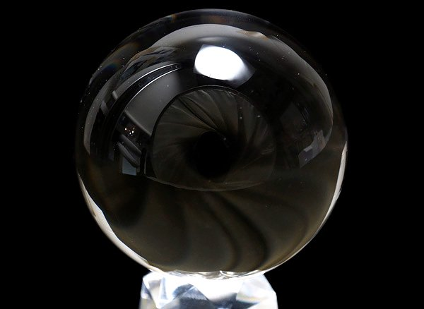 ★原石<br>クリスタル・スフィア直径約56.9mm(100%天然無垢・無色透明無傷の水晶丸玉)<br>ブラジル産