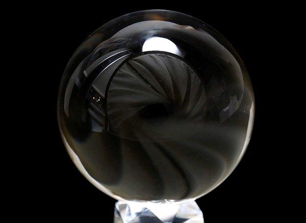 ★原石<br>クリスタル・スフィア直径約62.4mm(100%天然無垢・無色透明無傷の水晶丸玉)<br>ブラジル産