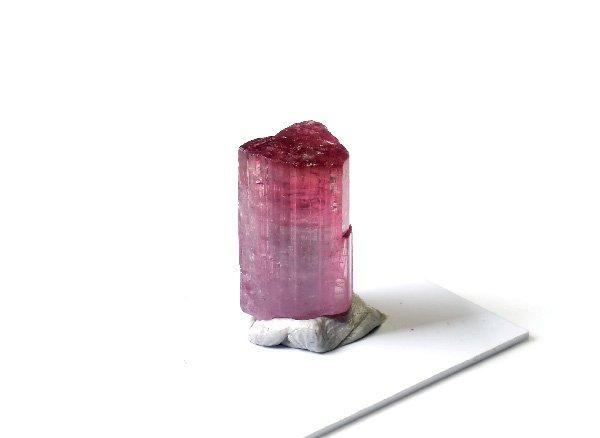 原石<br>美しすぎるピンクトルマリンの結晶<br>ブラジル・ミナスジェライス州クルゼイロ産