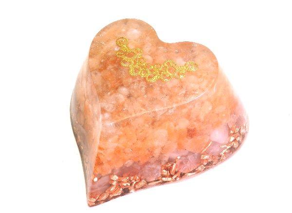 浄化アイテム<br>7 wishes のオルゴナイト・ハート型<br>ヒマラヤ水晶・ヒマラヤ岩塩・ディープローズクォーツ・純銅