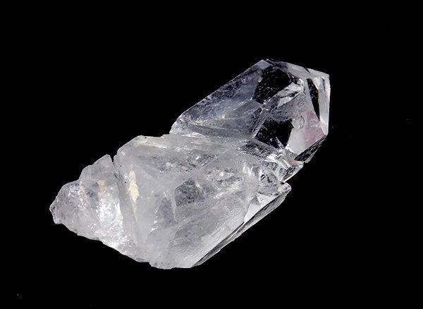 原石<br>アイスクォーツ(蝕像水晶=エッチドクォーツ)のポイント<br>ブラジル・ミナスジェライス州コリント産