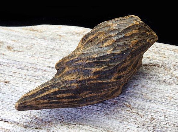 優雅で奥深い香り<BR>南越沈香の原木伽羅(マラッカジンコウの香木) 約21.5g<BR>ベトナム産