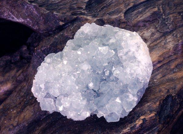 原石<br>セレスタイト・クラスター<br>マダガスカル・マジュンガ州・サコアニー産