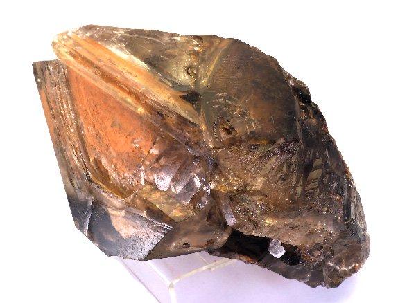 メチャカッコイイ原石<BR>スモーキーエレスチャルクォーツのポイント(水入り)<BR>ブラジル・ミナスジェライス州・イチンガ産