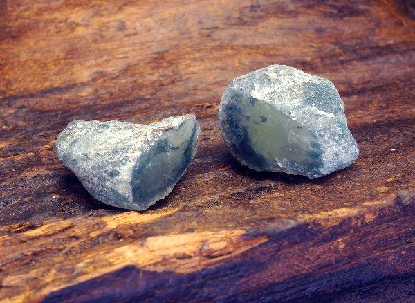 奇跡の鉱物<br>アースシードライトの原石ペア<BR>インド ヒマーチャルプラデーシュ州マニハール産