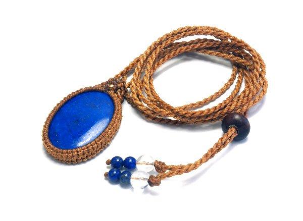 ★手作りマクラメ編みネックレス!!<br>ラピスラズリのネックレス首回り:最大約80cm<br>アフガニスタン産