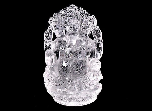 ★超お買い得!!学問、金運、開運の神様!!<br>ヒマラヤ水晶のガネーシャの像<br>インド ヒマチャル・プラデシュ州クル産