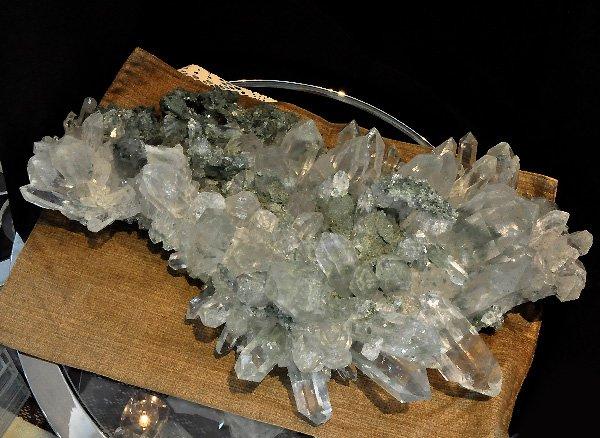 ★まるでヒマラヤ山脈そのもの!!<br>美しすぎるヒマラヤ ガーデン水晶のクラスター<br>インド プラデーシュ州 クル地区 ガルサ渓谷 マニハール産