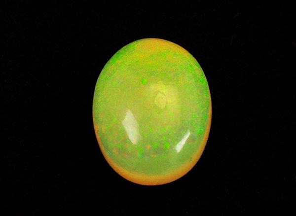 虹色に揺らめく幻想的なプレシャスオパールルースSA約2.0ct<BR>オーバルカボション<br>エチオピア産