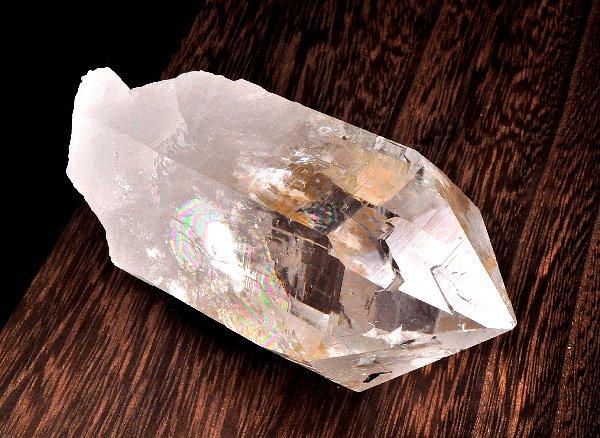 ★希少原石<br>美しすぎるレインボーヒマラヤ水晶のポイント<br>インド プラデーシュ州 クル地区 ガルサ渓谷 マニハール産