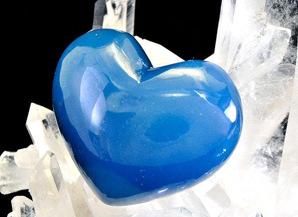 ★ブルーの濃さが違います!!<BR>ブルーカルサイトSA(レムリアン・アクアティン・カルサイト)のハート<BR>アルゼンチン産