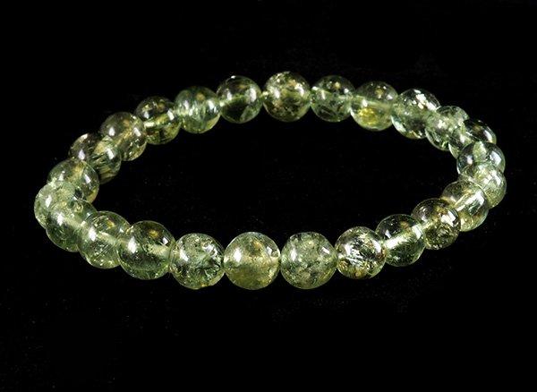 高級ブレスレット!!<br>宝石質グリーンアパタイト5A 約7.5mm(25粒) 腕回り:約16cm<br>タンザニア産