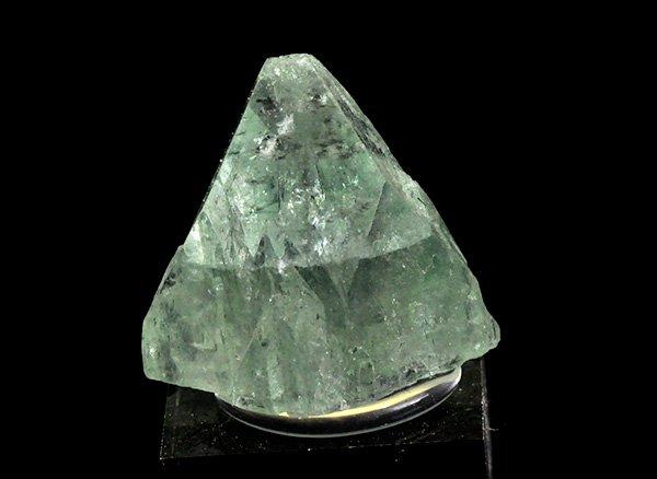 原石<br>グリーン・アポフィライトのミニ結晶ポイント<br>インド・マハラシュトラ州・プーナ・パシャン鉱山産