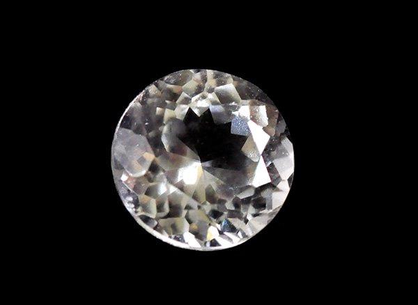 美しすぎる宝石質<br>フェナサイト(フェナカイト)SA ラウンド ブリリアントカットのルース約0.60ctカラット<BR>マダガスカル産