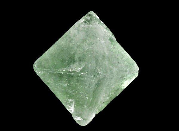 原石<br>グリーンフローライト八面体結晶<br>中国・雲南省産