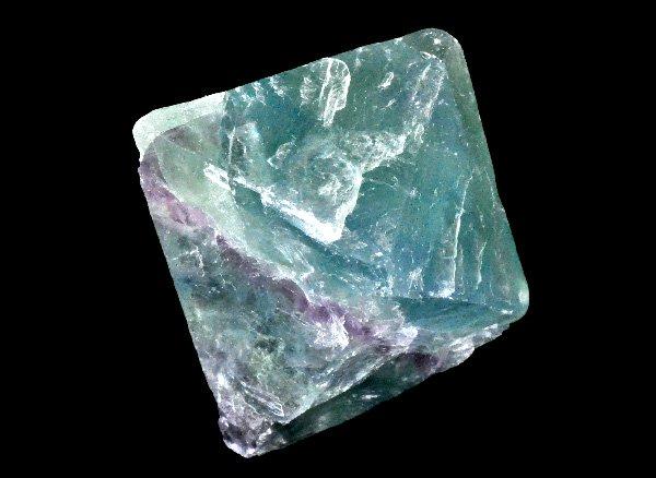 原石<br>レインボーフローライト八面体結晶<br>中国・雲南省産