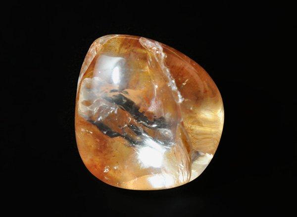 原石<br>オパールカルセドニーインクォーツ(ムーランクォーツ)のタンブル<br>南インド産