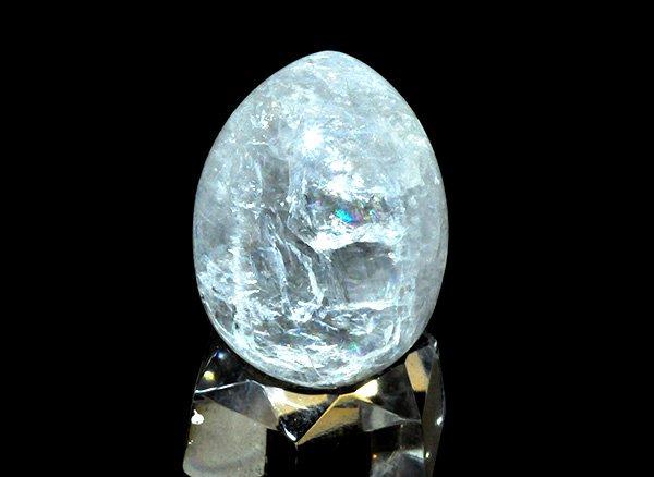 原石<br>天使の石ペタル石(ペタライト)のエッグ※虹入りです。<br>ブラジル・ミナスジェライス州タクァラル産