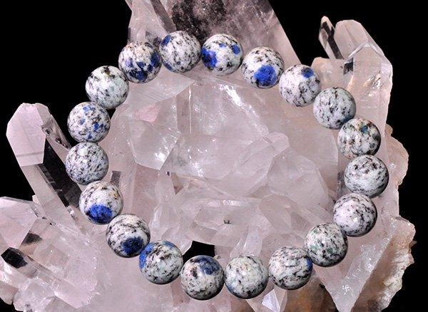 世界第2位であるK2のみで産出される石<br>ヒマラヤK2ブルー(グラナイトインアズライト)のブレスレット約10mm(19粒)<br>パキスタン・ギルギット・バルティスタン州
