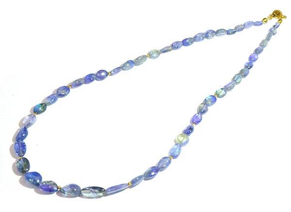 希少石を使ったネックレス!! <br>バイカラータンザナイト&K18Gビーズのネックレス