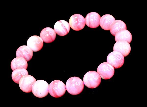 高級ブレスレット!!<br>ピンクオパール3A約10mm(19粒)腕回り:約15cm<br>ペルー産