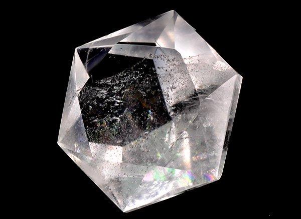 ダイヤモンドカット<br>レインボー水晶<br>ブラジル・ミナスジェライス州ディアマンティーナ産