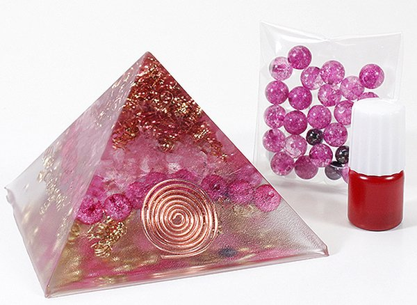 浄化アイテム<br> オルゴナイト・ピラミッド作成キット<BR>〜ピンク〜
